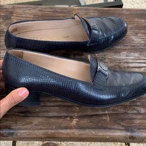 Salvatore Ferragamo | SZ 6 | Navy Buckle Loafers